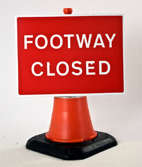Portable Road Works Signs | Road Cone Signs | 600x450mm Cone Sign Footway Closed