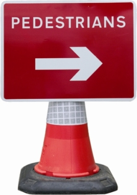 Portable Road Works Signs | Road Cone Signs | 600x450mm Cone Sign Pedestrians Arrow Right